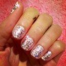 Short pink glitter nails