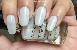 See the full review at http://lovefornailpolish.com/wet-n-wild-nail-polish-swatches-break-the-ice