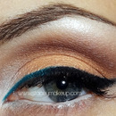 Neutral cat eye with a twist