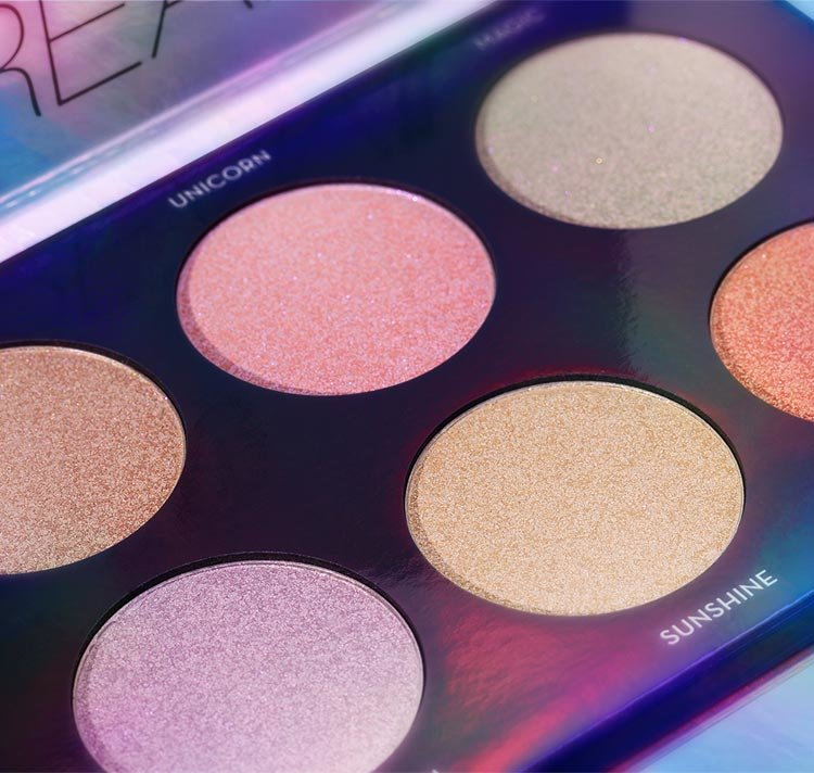Alternate product image for Dream Glow Kit shown with the description.