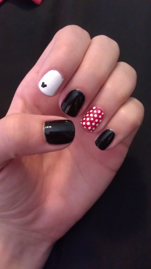 Disney Mickey and Minnie Nails | Samantha L.'s (samlong ...