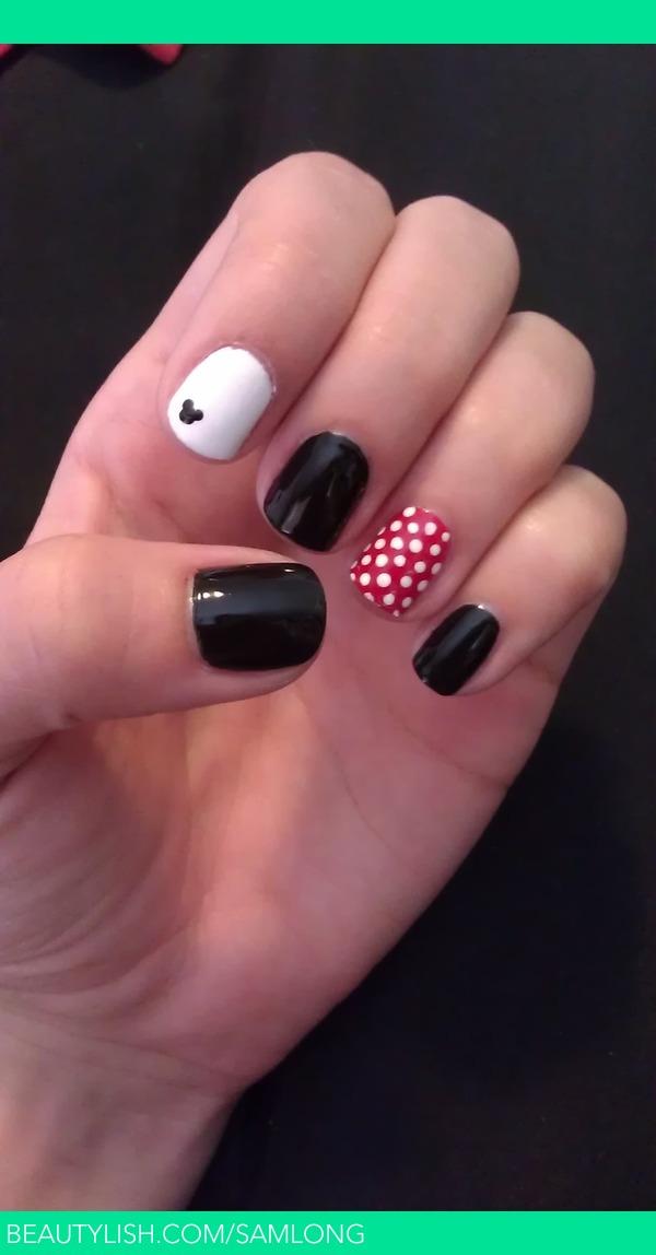 Disney Mickey And Minnie Nails Samantha L S Samlong Photo Beautylish