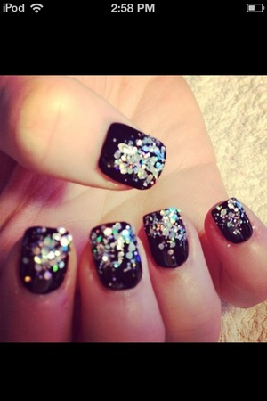 What are my nails wearing..this.(: