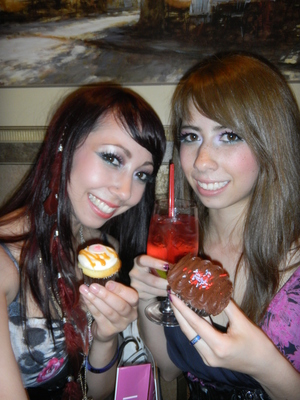 My sister and I at the Beautylish cupcake event at IMATS!   Thanks for the yummy cupcakes!!