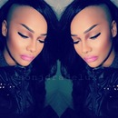 heavy contour pink ombre lips
