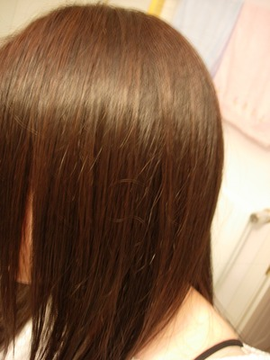 Fully dyed medium brown hair