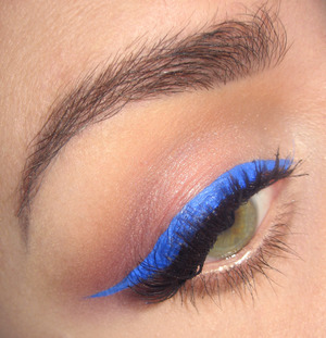 Here is the tutorial for this look : http://www.youtube.com/watch?v=74kCQ2Mx-Ic&feature=youtu.be