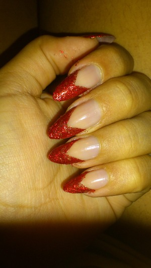 I really missed my stiletto nails. They're 100% natural, I take a lot of care, but I am blessed with strong and healthy nails and they grow so fast.