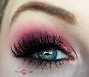 Vibrancy is my thing! http://theyeballqueen.blogspot.com/2016/09/eye-catching-vibrant-pink-and-orange.html