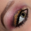 Golden glitter & purple look