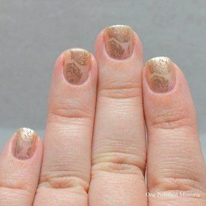 http://onepolishedmomma.blogspot.com/2015/08/gold-negative-space-roses.html?m=1
