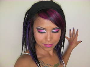 Crazy cut crease look with my synthetic dreads.