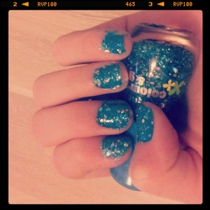 blue glitter nails essence colour and go i love my nails so much