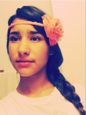 This is a cute nice side braid with a headband ^.^)//