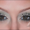 Kim Kardashian Smokey Green Eyes