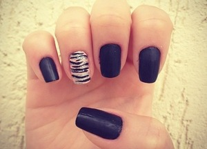 Matte black zebra nails