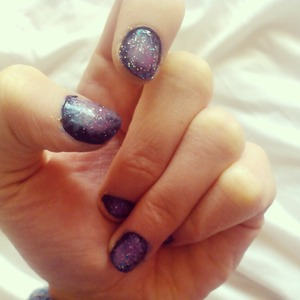 easy to create galaxy nails