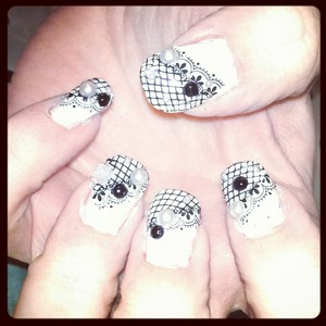 lace pearls and black gems
