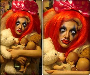 Just some random clown look I did...with some of my toys. Hahhaaaa.