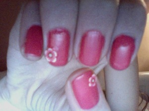 Simple pink flower nails ✿