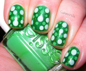 China Glaze Running In Circles, Revlon Top Speed Jaded and Essie Mojito Madness http://summerella31.blogspot.com/2013/03/st-patricks-day.html
