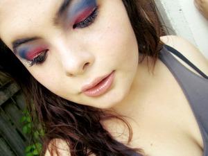 Australian day inspired eye make-up