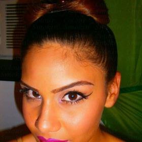 Dramatic Liner & Bold Lips
