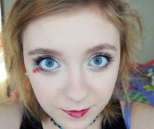 I did this super simple cherry eye makeup the other day for summer just for something new and fun!