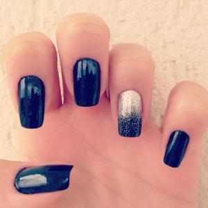 Glamorous Black Nails!