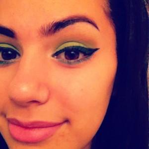 Nicki Minaj's Viva Glam look
