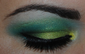 Lime green and blue look with Inglot and OCC