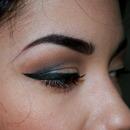Dramatic Eyeliner