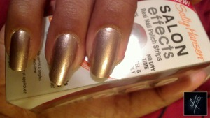 Sally Hansen Salon Effects: Raise A Glass