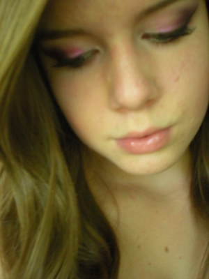 Playing with makeup :)