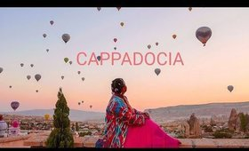 Cappadocia sunrise, Goreme, with Hot air balloon (Turkey)