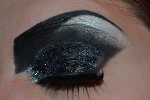 Makeup inspired by the Disney Villain Cruella De Vil.