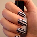 Black and White Strpes (Beetlejuice Nails)