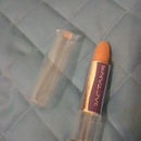 Labial color piel / Nude lipstick
