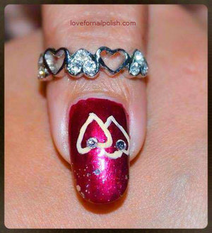 Detail Tutorial http://lovefornailpolish.com/cute-valentines-day-nail-art-two-hearts-one-love