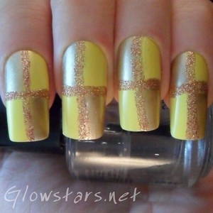 To find out more about how this mani was achieved please visit http://glowstars.net/lacquer-obsession/2012/09/30-days-of-untrieds-yellow