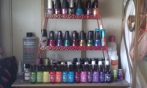 I so need to figure out a new way to display them?! cus Im sooo... running out of space for them all. LOL!!!