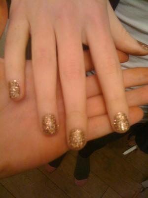 Bronze rockstar nails i did <3