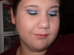 trying out wet eye shadow