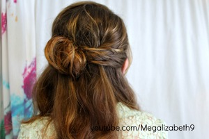 This soft, romantic hairstyle is perfect for any type of date.  Wedding, Valentines day, First date, wear this romantic style to impress your date!