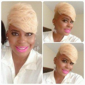 L'Or?al  Very Platinum hair color