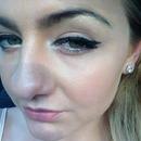 Cat eye liner.