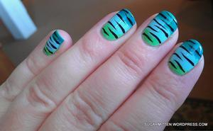 http://sugarmitten.wordpress.com/2012/03/27/neon-tiger-zebra/  I did a tutorial for this design here: http://sugarmitten.wordpress.com/2012/04/12/gradient-zebra-print-tutorial/
