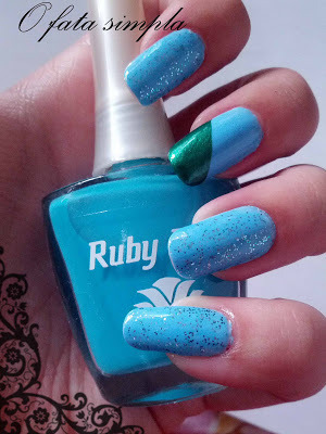 More manicures on my blog -> http://o-fata-simpla.blogspot.ro/2013/06/sky-blue.html