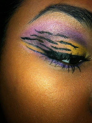 My College Football LSU Tigers inspired eye w/ tiger stripes! <3 GEUAX TIGERS!