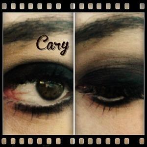 smokey eyes look